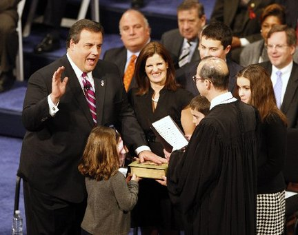 Chris Christie Takes the Oath